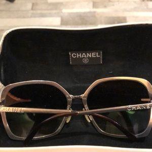 7fc65480d680 Chanel Vintage sunglasses Authentic